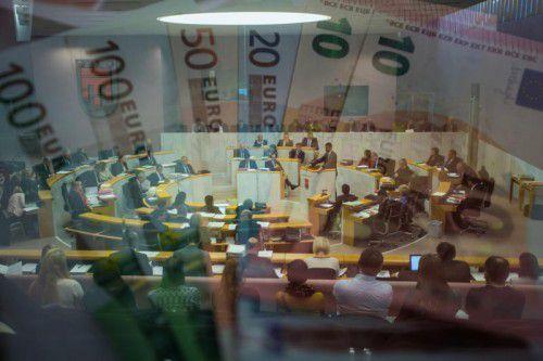 Trotz guter Bonität: Landesrechnungshof bereitet die Ausgabendynamik des Landes Sorgen.VN/Steure