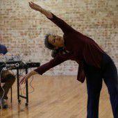 Der Tanz des Ensembles Tanzufer ist anders