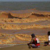 Konzerne sollen nach Dammbruch zahlen