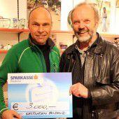 Reissonntag brachte 3000 Euro Spende