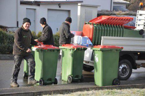 700 Papiertonnen wurden in Sulz an die Haushalte verteilt.