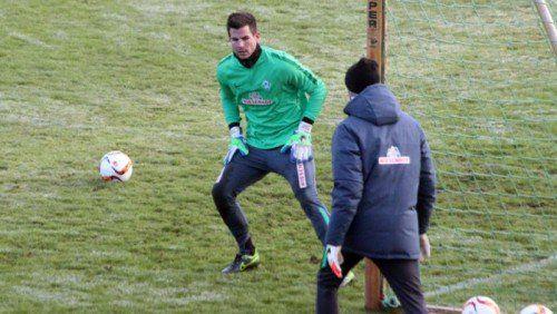 Am Montag angereist, absolvierte Michael Langer am Dienstag das erste Training mit den Werder-Profis.