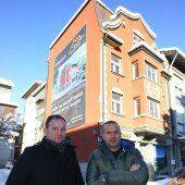 Altes Gummi-Kühne-Gebäude wird zu neuem Wohn- und Geschäftshaus
