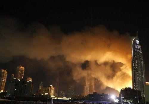 """Das""""Address Downtown Hotel"""" in Dubai stand in der Silvesternacht in Flammen."""