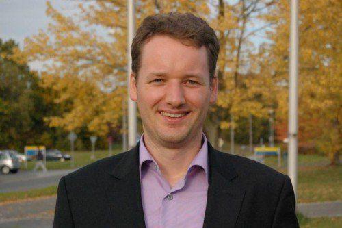 Der aus Sibratsgfäll stammende Volkswirtschaftsprofessor David Stadelmann fordert einen Beitrag von den Flüchtlingen.