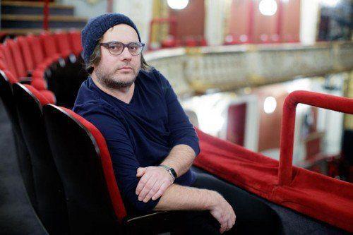Der Vorarlberger Regisseur Philipp Preuss hat an großen deutschen Bühnen gearbeitet und inszeniert nun in Wien.