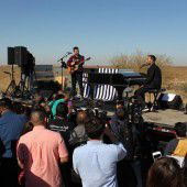 Auftritt vor Haftanstalt für Migranten in Arizona