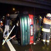 Fünf Verletzte nach Unfall bei Pfändertunnel