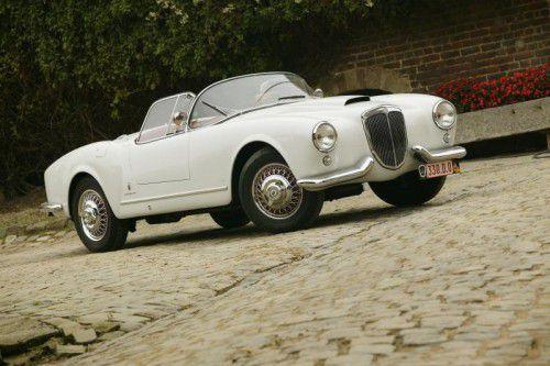 Für diesen Lancia soll ein Versteigerungserlös von 900.000 bis 1,3 Millionen Euro erzielt werden.