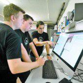Techniker klettern Karriereleiter hoch