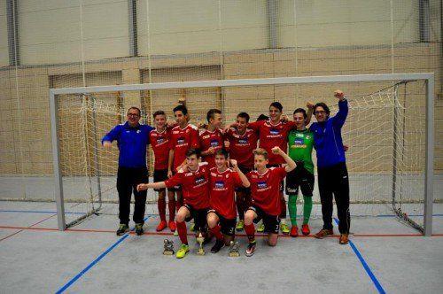 Jubel über den Turniersieg bei der U-15-Elf, die sich in Konstanz gegen 15 andere Klubs durchgesetzt hat.