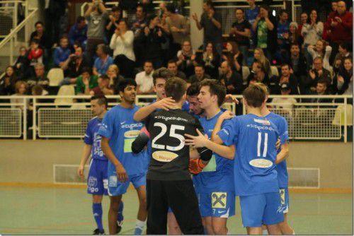 Lochaus 1b-Mannschaft jubelte nach dem Finaleinzug.
