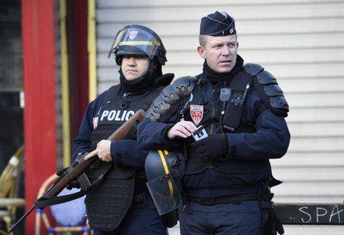 Polizeieinsatz in Paris: Polizisten erschossen einen Angreifer.