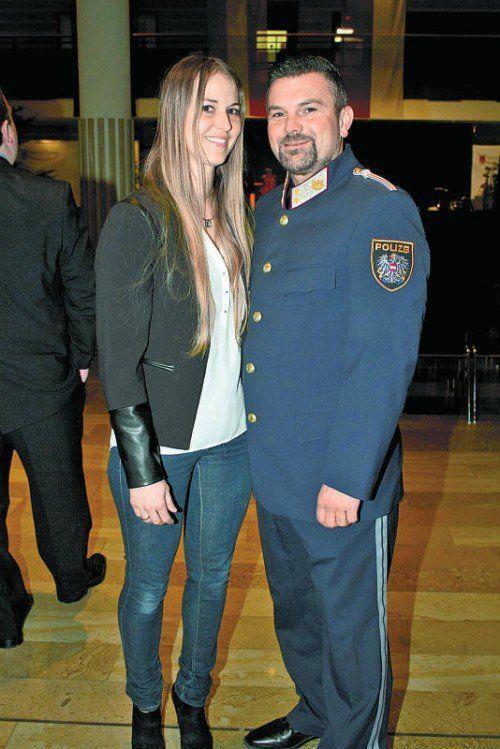 Posten-Kommandant Ronald Sieber mit Bianca.