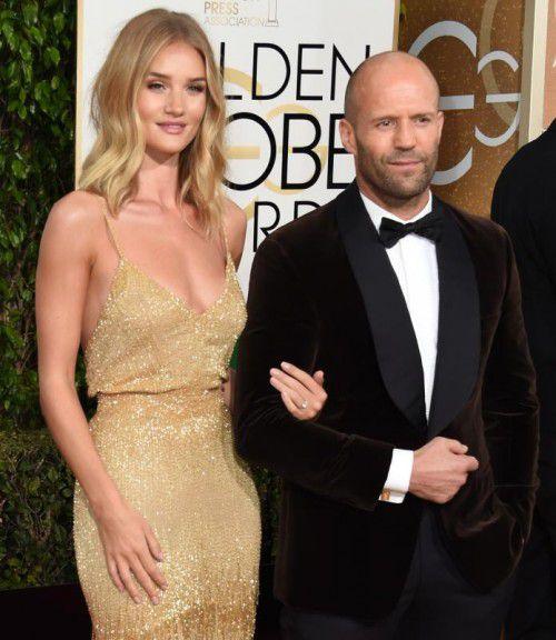 Supermodel und Schauspielerin Rosie Huntington-Whiteley trug bei der Verleihung der Golden Globes einen Diamantring.
