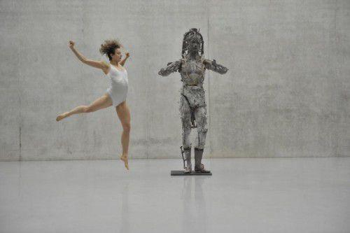 Tänzerin Natalie Fend im Kunsthaus.