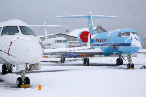Zu Spitzenzeiten parkieren rund 50 Flugzeuge in Altenrhein. Der Wert geht in die Milliarden.
