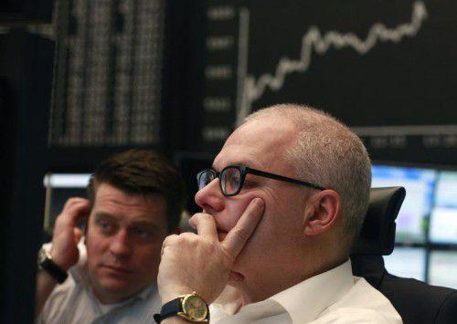 Börsenexperten sind für den Rest des Jahres grundsätzlich positiv eingestellt, warnen aber vor politischen Risiken. Symbolbild: reuters