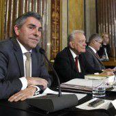 Scharfe Kritik an Politik im Hypo-U-Ausschuss
