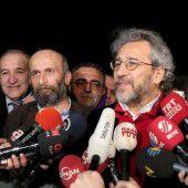 Journalisten aus dem Gefängnis entlassen