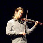 Mit ihm kommt Neues in diverse Konzertsäle