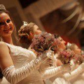 Glanz und Glamour beim Opernball-Jubiläum