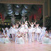 Glamouröses Fest zum 60. Geburtstag des Wiener Opernballs