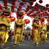 Chinesen begrüßen das Jahr des Affen