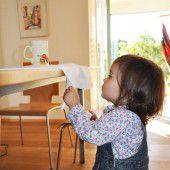 Vorsicht heiß: So schnell kann sich ein Kind verbrühen