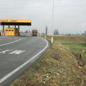 Mäder: Land baut neue Lkw-Plätze an der Grenze