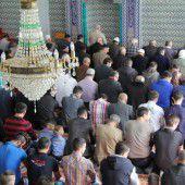 Gesucht: Arbeitgeber für Imame in Österreich