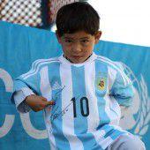 Messi-Fan nun in echtem Trikot