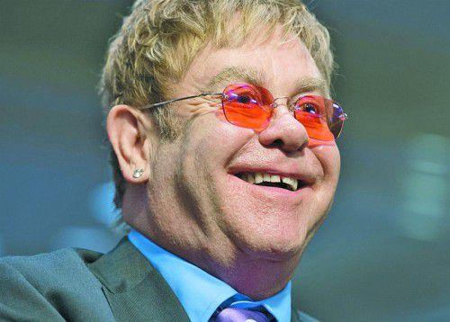 """Vergangene Woche veröffentlichte Elton John sein neues Album """"Wonderful Crazy Night""""."""