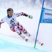 Hirschbühl gewinnt Riesentorlauf in Malbun