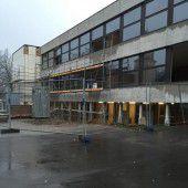 Im Thüringer Schulhaus wird eifrig gearbeitet
