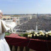 Papst prangert Gewalt und Terrorismus an