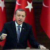 Satiremagazin legt im Streit mit Erdogan nach