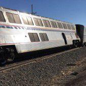 Notbremse gezogen: 32 Passagiere verletzt
