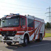 60 Feuerwehrautos für Porsche, Bosch und Co