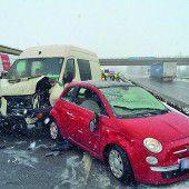 Stau nach Unfall