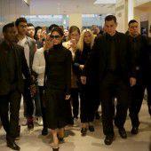 Victoria Beckham eröffnet Shop in Asien
