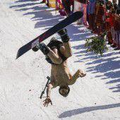 Verrückter Snowboard-Stunt