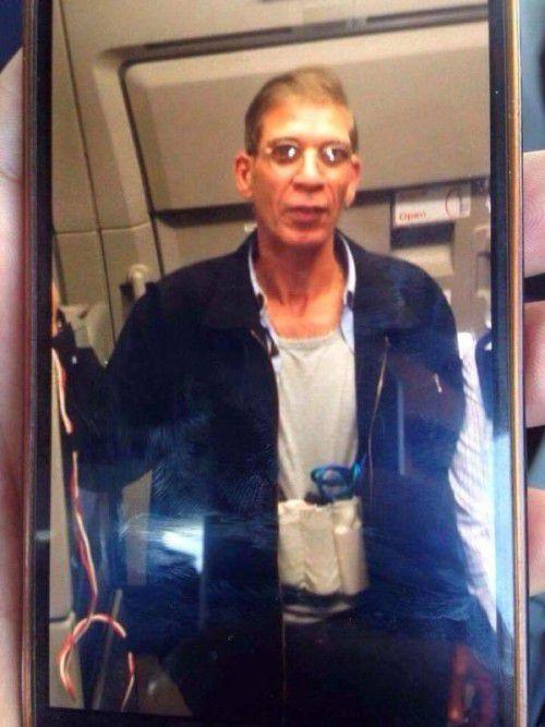 Fotos des Flugzeugentführers kursierten auf Twitter.