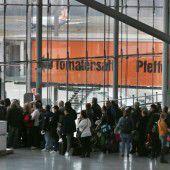 Polizistin löst Chaos am Kölner Flughafen aus