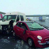 Verkehrschaos nach Unfall auf der A 14