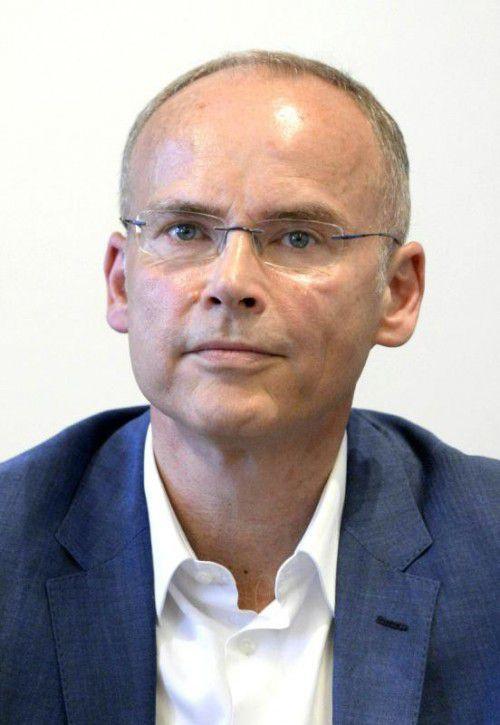 Marcus Franz hält Merkel Kinderlosigkeit vor.