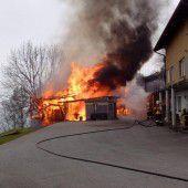 Scheune völlig ausgebrannt