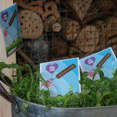 Blumenwiese für Kunden und Gäste im Wald