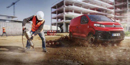 Citroen und Peugeot haben ihre neue Transporterbaureihe präsentiert. Marktstart ist im Sommer.