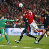 Bayern zieht ins Halbfinale ein